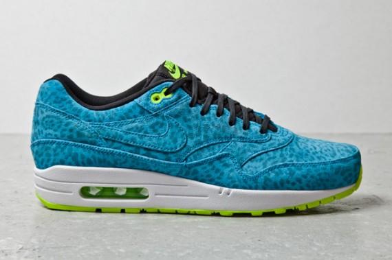 nike-air-max-1-fb-blue-leopard-2