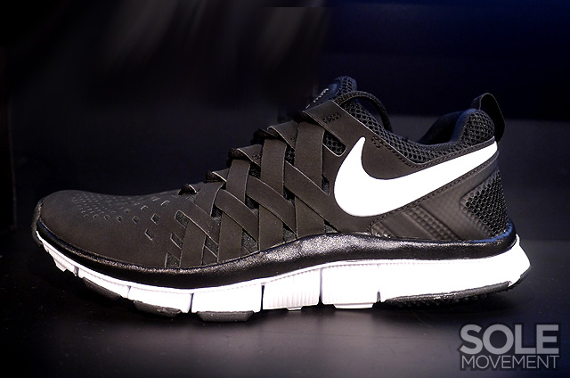 nike-free-trainer-5.0-black-white-1