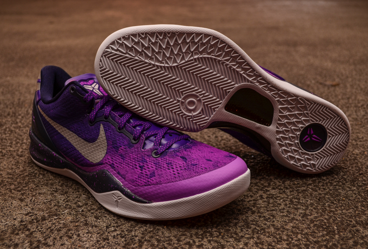 nike-kobe-viii-8-court-purple-pure-platinum-blackened-blue-laser-purple-new-images-3