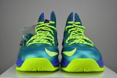nike-lebron-x-10-ps-elite-sport-turquoise-volt-violet-force-6