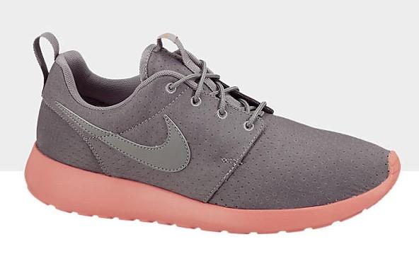 nike-roshe-run-soft-grey-midnight-fog-total-crimson-now-available