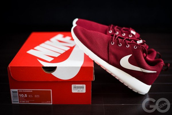 nike-roshe-run-team-red-3