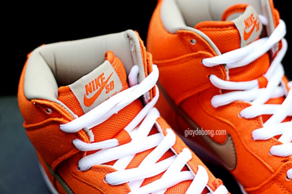 nike-sb-dunk-high-pro-orange-canvas-1