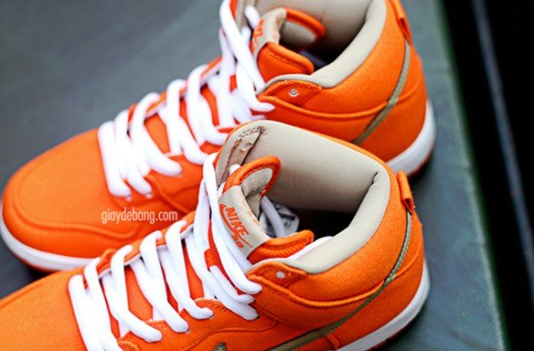 nike-sb-dunk-high-pro-orange-canvas-5