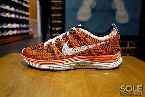 nike-wmns-flyknit-lunar-1+-orange-white-black-1
