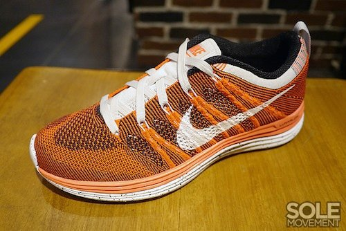 nike-wmns-flyknit-lunar-1+-orange-white-black-2