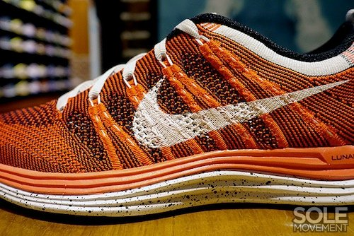 nike-wmns-flyknit-lunar-1+-orange-white-black-3