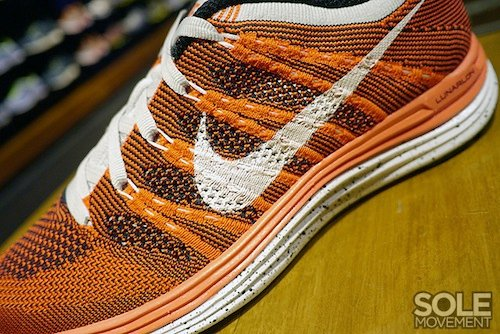 nike-wmns-flyknit-lunar-1+-orange-white-black-4