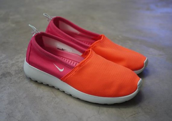 nike-wmns-roshe-run-slip-total-crimson-fiberglass-pink-force