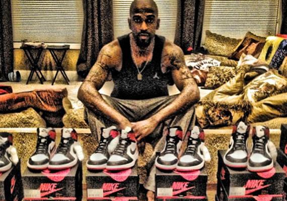Rip Hamilton Shows Off Air Jordan 1 Black Toe Supply