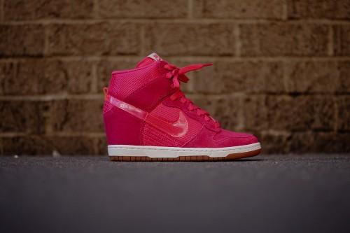 Pink Nike Womens Sky Dunk Hi
