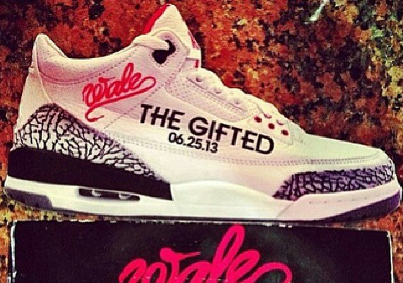 Wale Uses Air Jordan III Flyers to Promote The Gifted Album