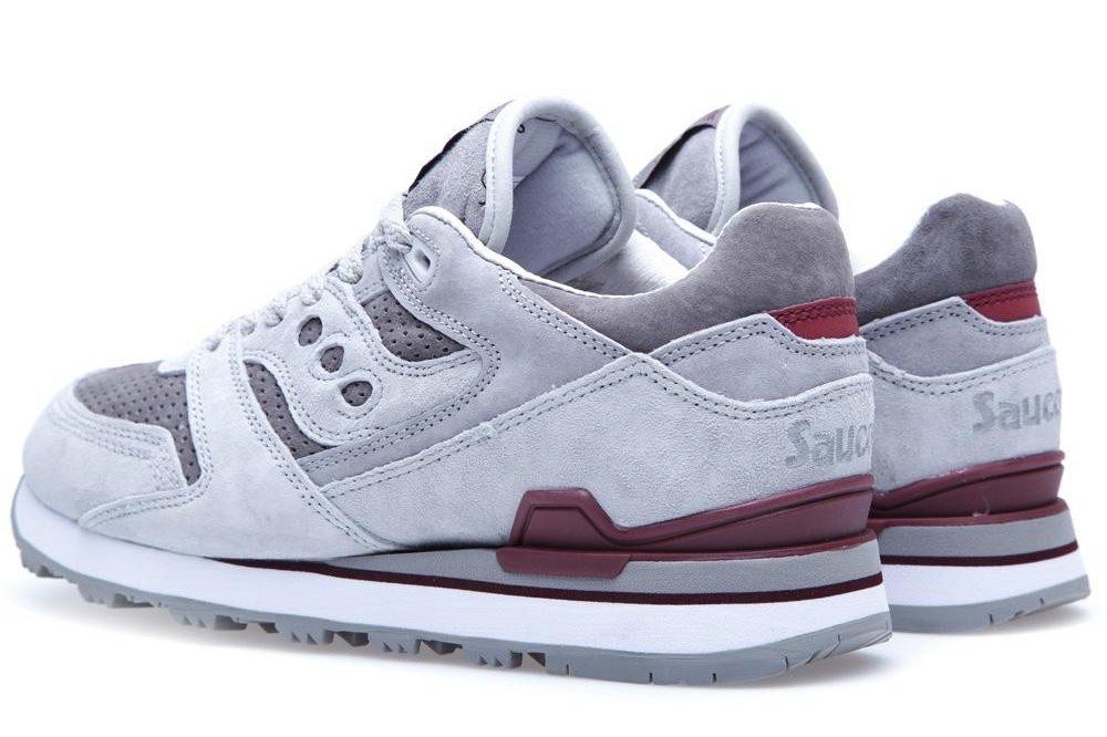 95b31085f9b6 White Mountaineering x Saucony Courageous  Grey Dark Red