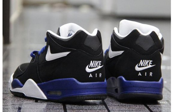 Nike Air Flight 89 Black White Blue Speckle Another Look 04