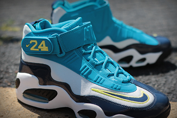 Nike Air Griffey Max 1 Mid Navy Neo Turquois 02