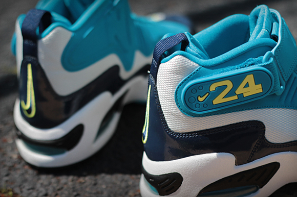 Nike Air Griffey Max 1 Mid Navy Neo Turquois 03