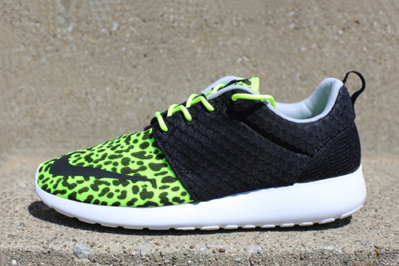 Nike Roshe Run FB Leopard
