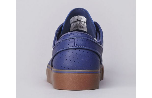 Nike SB Zoom Stefan Janoski Blue Recall Perf Now Available 04