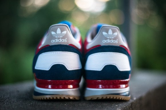 Adidas Originals ZX 700 Navy Red White