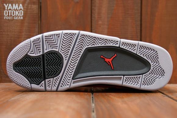 Air Jordan IV Toro Bravo Another Look
