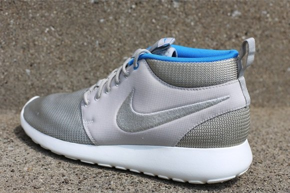 Available Now  Nike Roshe Run Mid