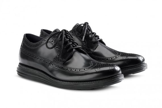 cole-haan-lunargrand-long-wing-black-sole-pack-fall-2013-3