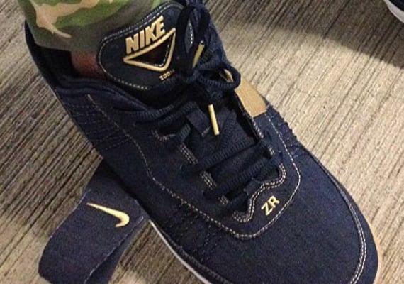Denim Nike Zoom Revis Sample