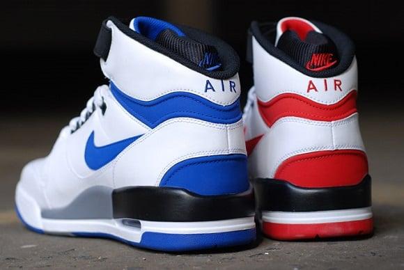 Detailed Look Nike Air Revolution Retro