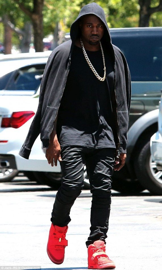 """6322d8519e2e Kanye West in Air Yeezy 2 """"Red October"""""""