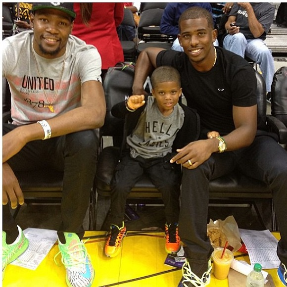 Kevin Durant Rocks Nike KD VI Grey Green Blue