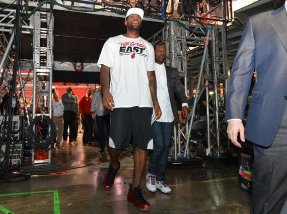 LeBron James in Nike Air Foamposite One Metallic Red