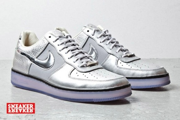 nike airforce1 downtown silver2