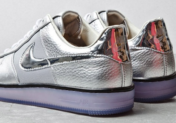 nike airforce1 downtown silver