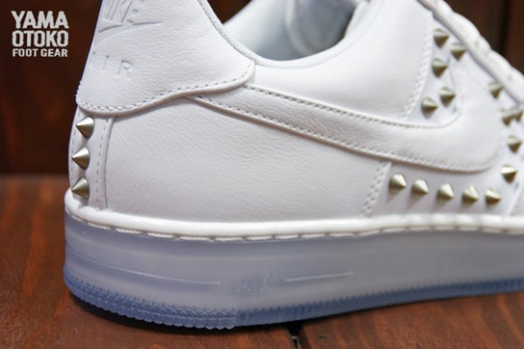 Nike Air Force 1 Downtown Spike