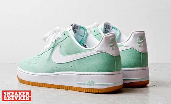 nike air force 1 low arcticgreenwhitegum4