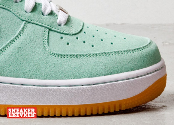 nike air force 1 low arcticgreenwhitegum5