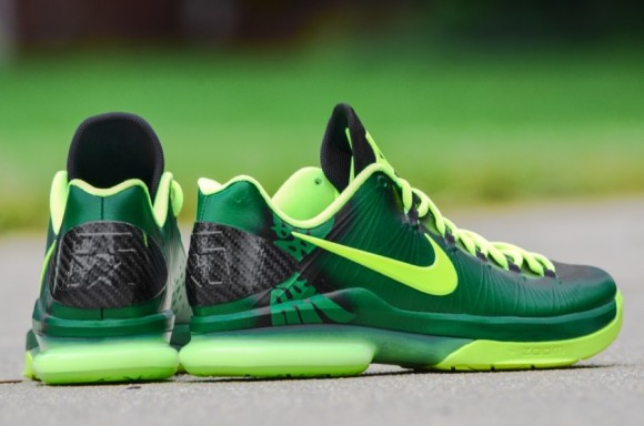 Nike KD V Elite Oregon Ducks Customs by DMC Kicks
