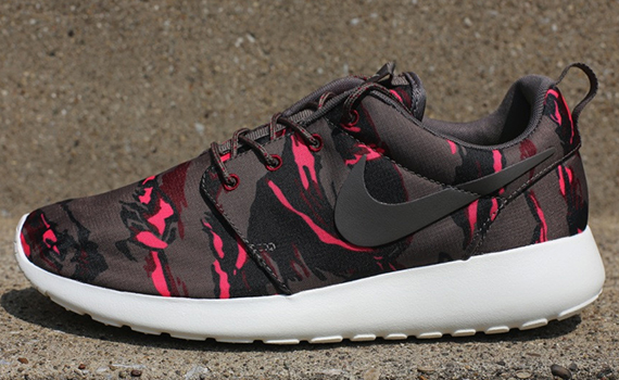 pretty nice b0a99 f3e9c ... coupon code nike roshe run gpx camo pack now available f3499 c6373