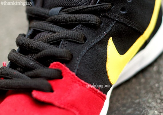 Nike SB Dunk Low Pro  Red Black-Gold   9db456723