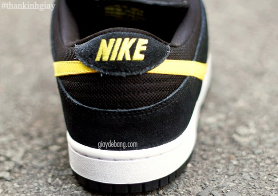 nike-sb-dunk-low-red-black-yellow-4
