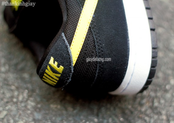 nike-sb-dunk-low-red-black-yellow-5