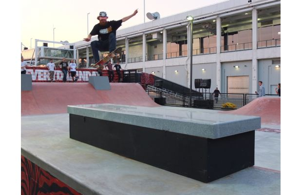 nike-sb-hosts-skateeverydamnday-skateboarding-event-in-new-york-city-and-beyond-18