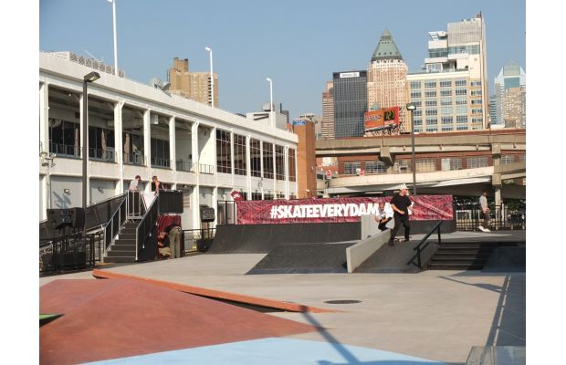 nike-sb-hosts-skateeverydamnday-skateboarding-event-in-new-york-city-and-beyond-4
