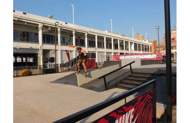 nike-sb-hosts-skateeverydamnday-skateboarding-event-in-new-york-city-and-beyond-7