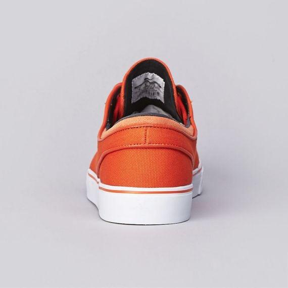 nike-sb-stefan-janoski-urban-orange-medium-olive-black-now-available-4