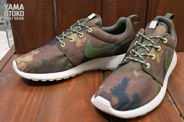 low priced ce6b5 6ecff nike-wmns-roshe-run-print-linen-cargo-khaki-