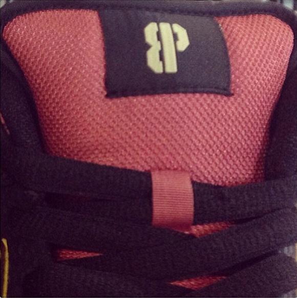 Release Date Brooklyn Projects x Nike SB Dunk Low Walk Of Fame