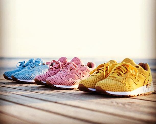 release-reminder-play-cloths-saucony-shadow-5000-cotton-candy-pack-1