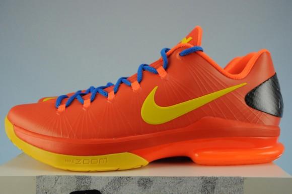 Release Reminder Team Orange Nike KD V Elite