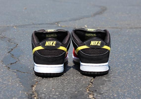 Release Update Nike SB Dunk Beavis and Butt-head Pack